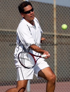 Brian Valparaiso in a tennis match at Cal State Fullerton