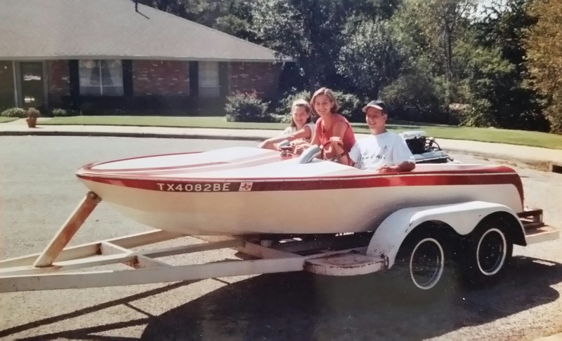 John, Stephanie (my brother's kids) and one of her friends in front of his home in Dallas. What a GREAT boat...