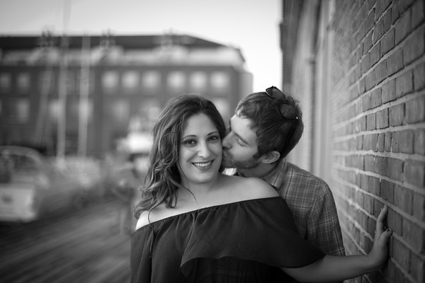 Baltimore_FellsPoint_Engagement Photos
