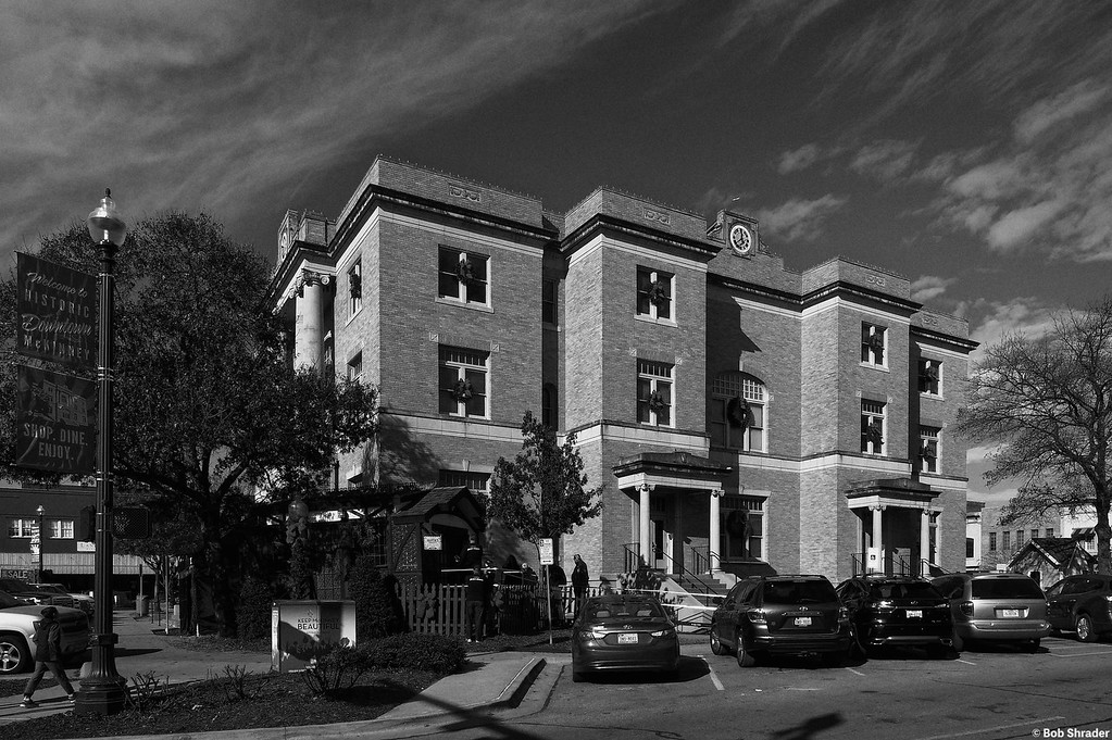 Old Collin County Courthouse in B&W