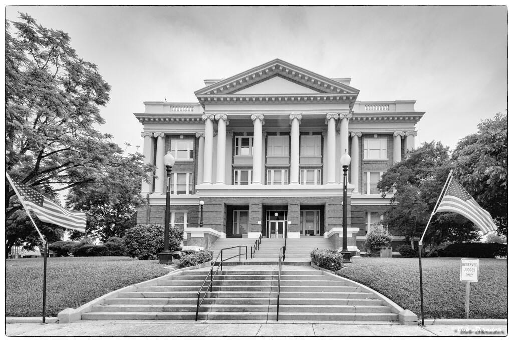 Anderson County Courthouse in High Key
