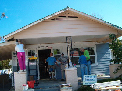 Volunteers make sure this front porch is ready to welcome visitors. Annette Bontrager