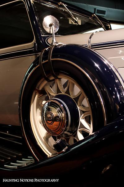 Spinning Wheel (Gilmore Car Museum)