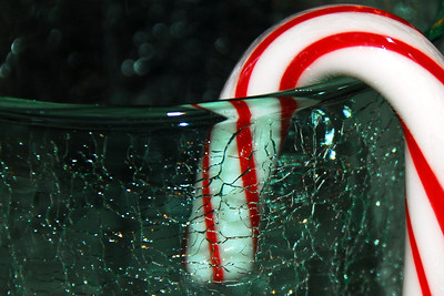 Krinkle Glas and a Candy Cane
