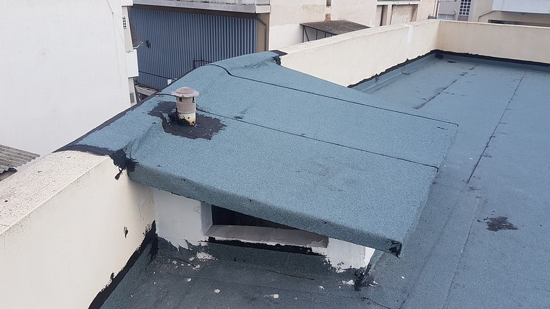 Roof 14