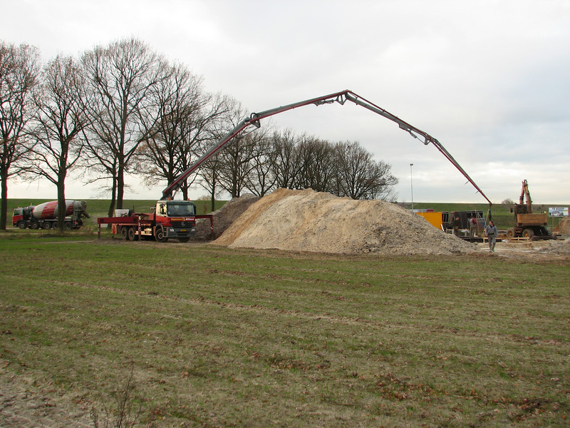 Pour concrete with a pump from a great distance