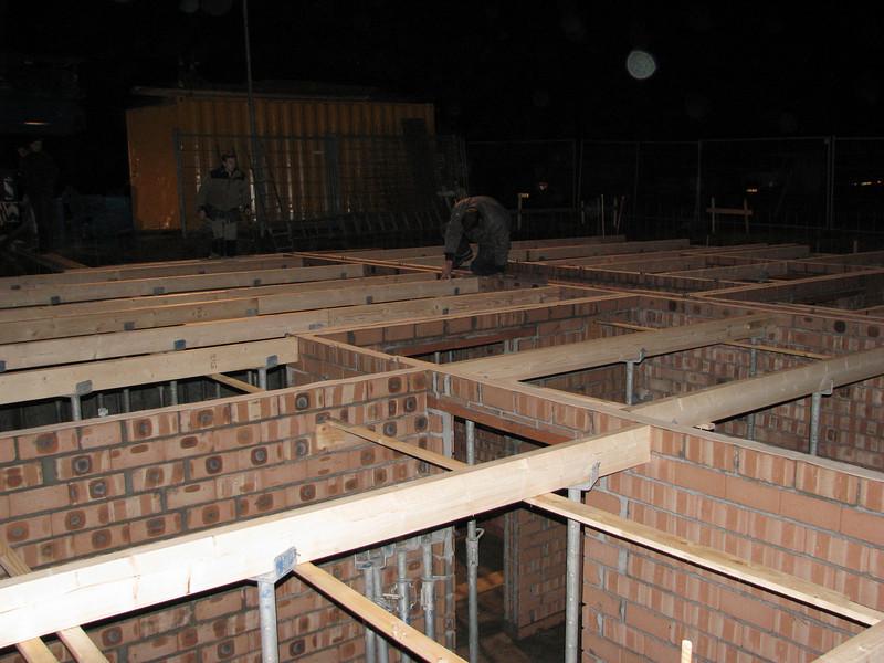 Assemble load-bearing beams
