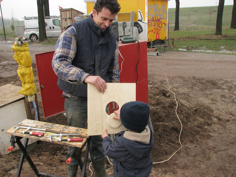 The job is finished. Stijn and dad Robert working on a connection plate