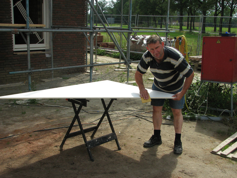 Frans priming/undercoating the dormer sides