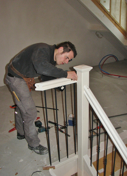 Ton is mounting the stair parts