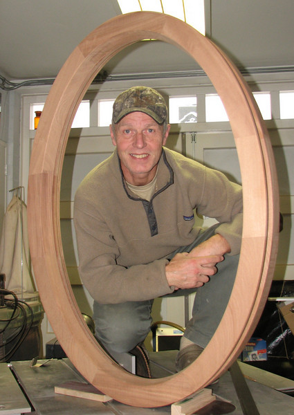 Production of an oval window