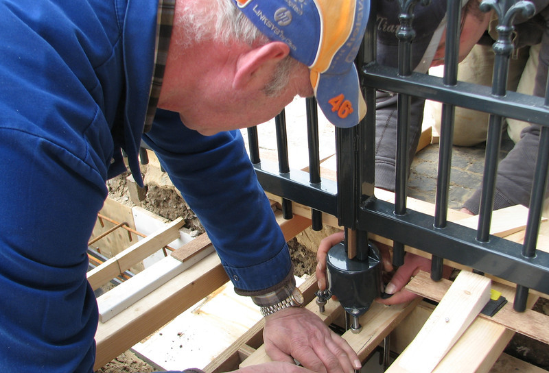 Installation of the locks of the gates