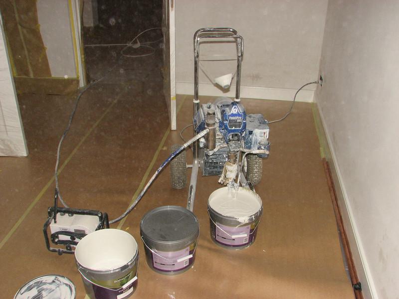 Spray equipment  P=120 bar (firm: Robert v.d. Wetering schilderwerken)