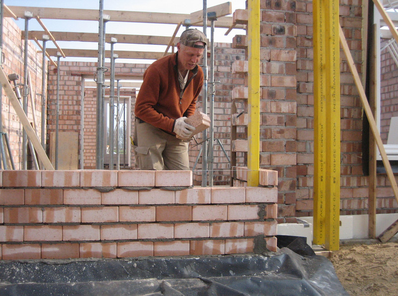 Bricklaying of the bay (NL: erker)