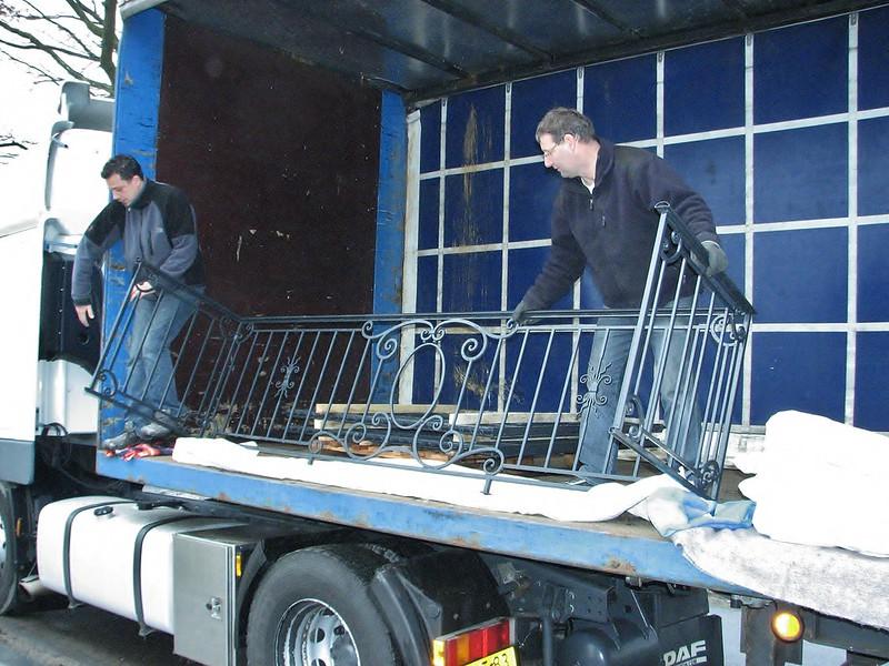 Tranportation of the galvanized and topcoated balcony fence