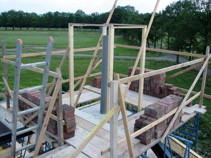 Marijn built a scaffold around the chimney