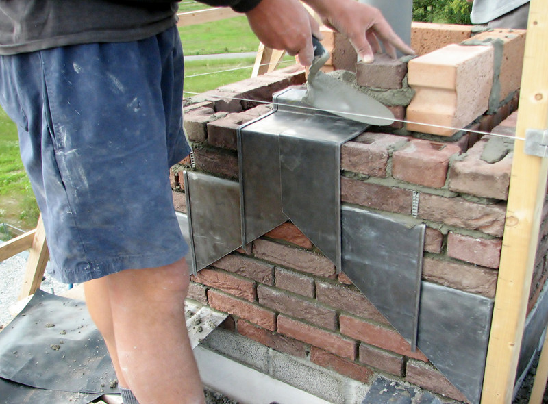 Mounting the lead slabs