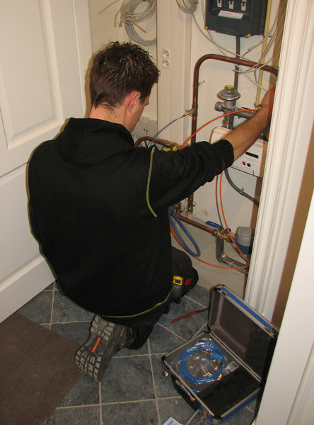 Inspection of gass leaking
