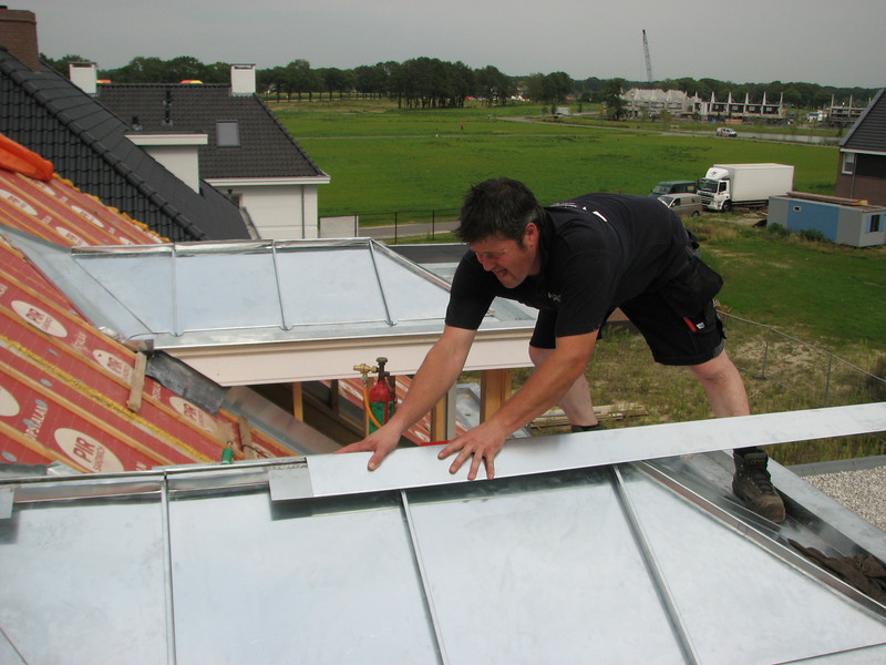 Mounting the roof top, zinc works, dormer
