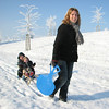 Saskia and the kids. Winter fun in Sonnius park
