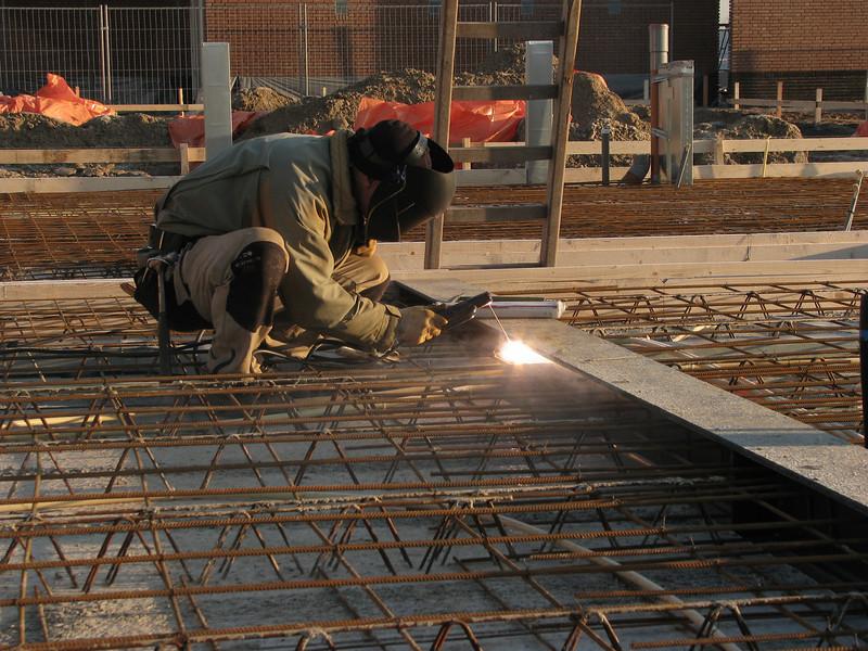 Marijn weld reinforcement on the beams (girders)