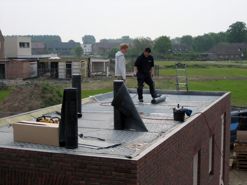 Roof insulation and covering