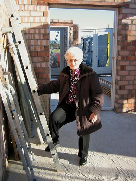 Grandma van den Brink visiting Jufferlaan 36
