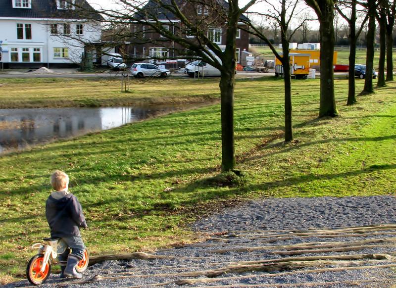 Stijn is biking in Sonniuspark
