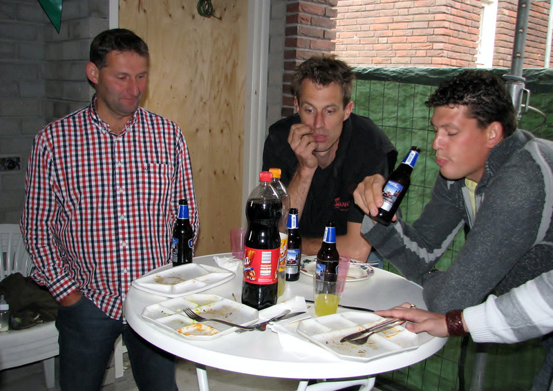 Drink given to construction workers when the building is topped out (NL: pannenbier)
