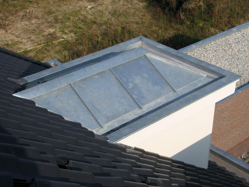 Zinc roof of the dormer