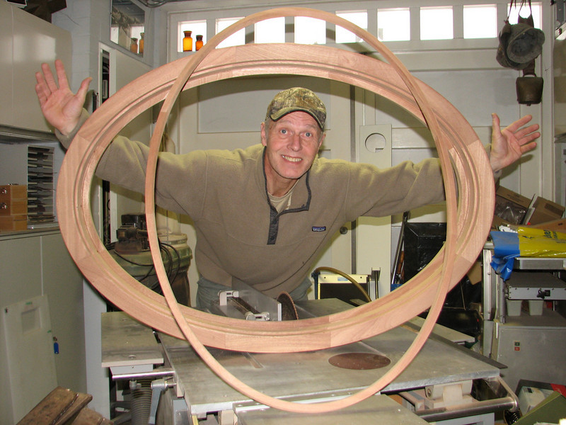 The mahogany oval window and glass slat, (Saskia's Christmas present are finished).