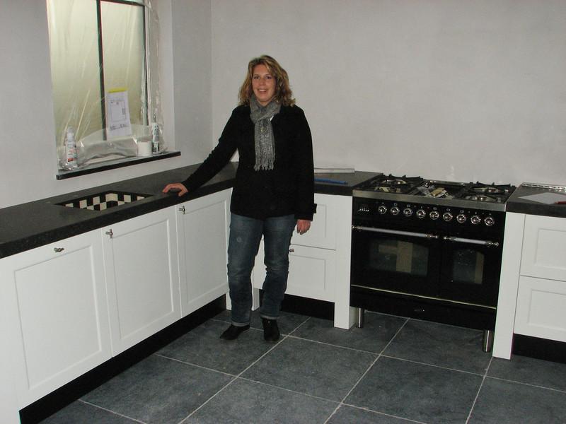 Saskia inspecting the new kitchen
