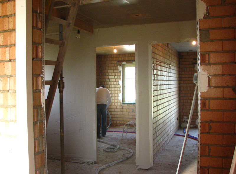 Plastering of the walls