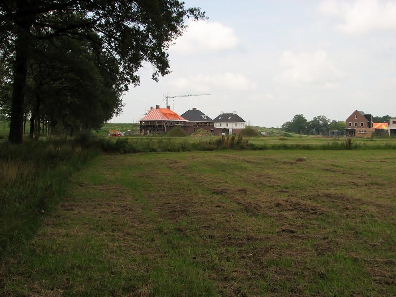 Left: Jufferlaan 36/38 in Sonniuspark