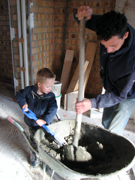 Stijn and Robert making cement