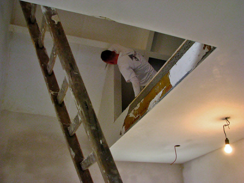 Michael finishing the plasterworks, brother Martien is absent