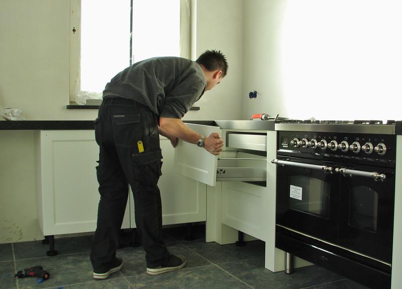 Assembling the kitchen