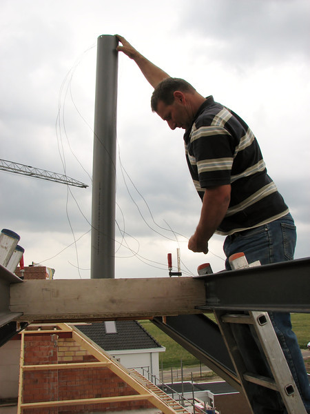Installation of the chimney tube