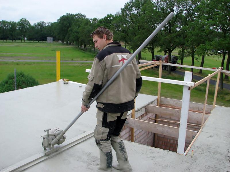 leveling the concrete floor