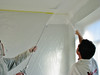 Spraying the walls and ceiling (firm: Robert v.d. Wetering schilderwerken)