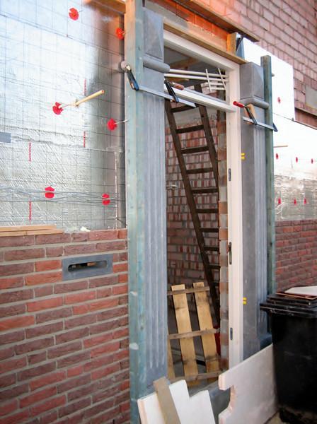 Front door Jufferlaan 36 under construction