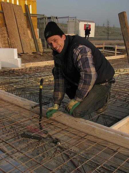 Robert plait reinforcement of the first floor (NL: ijzervlechten)
