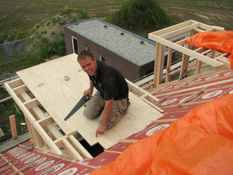 Sawing along the line!!! Making the roof of the dormers by Hans and Jarno