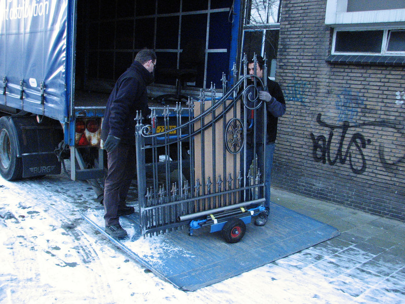 Robert, Frans and Stijn transporting the gates