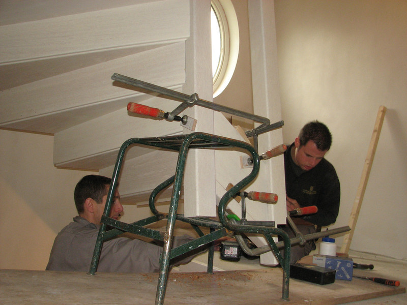 Mounting the stair parts