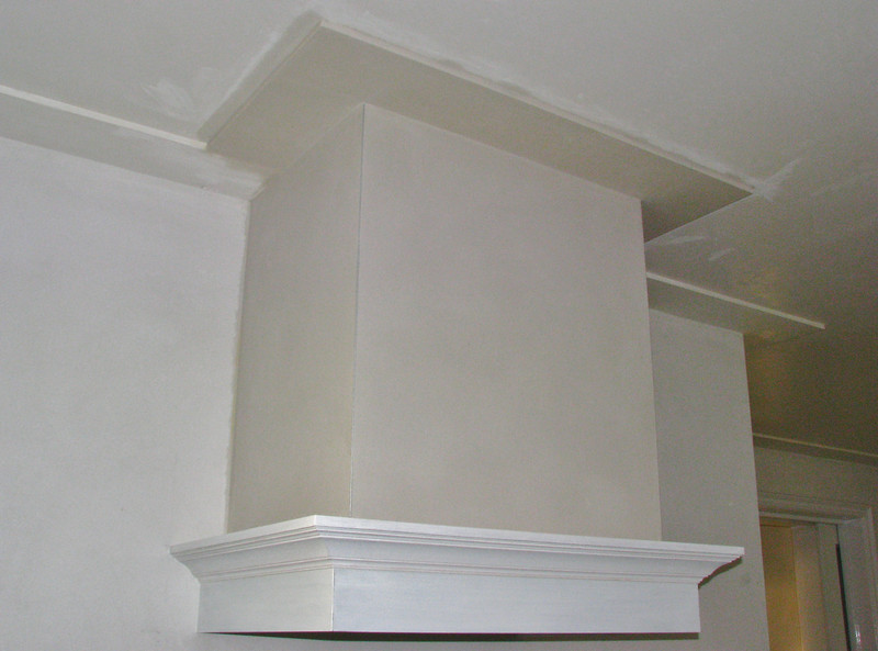 Finished plaster work of the mantelshelf
