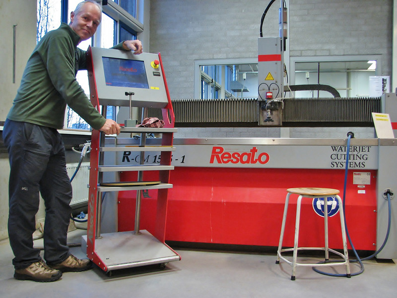 "Waterjet cutting system ""Resato"""