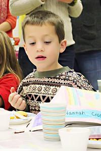 2011-11-22-DCS-1stGrade-Thanksgiving-011