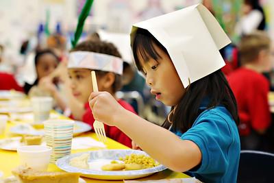 2011-11-22-DCS-1stGrade-Thanksgiving-024