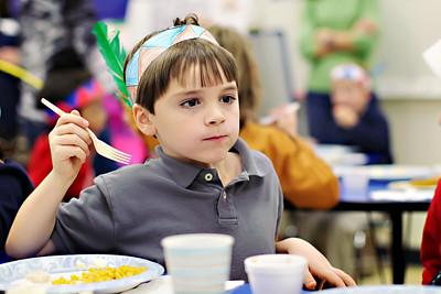 2011-11-22-DCS-1stGrade-Thanksgiving-031